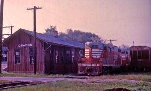By September of 1965 when this photo was taken, the old O.O.&F.R.V. line had already changed. No more passengers boarded at the Oswego station and coal shipments had ceased. (Little White School Museum photo)